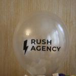 логотип на белом полупрозрачном шаре